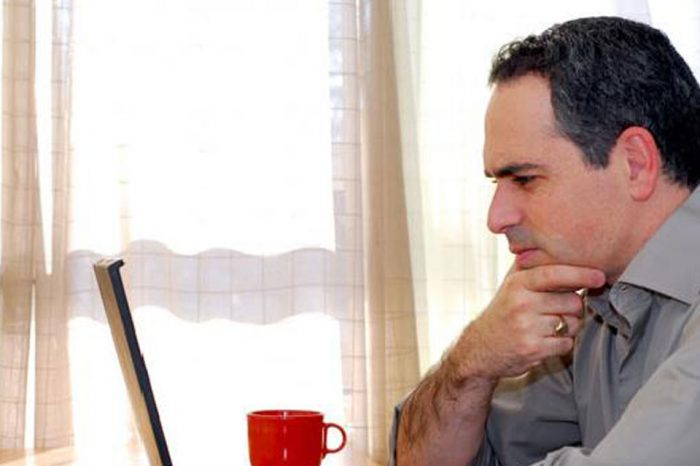 ¿Cómo deducir los gastos en Internet?