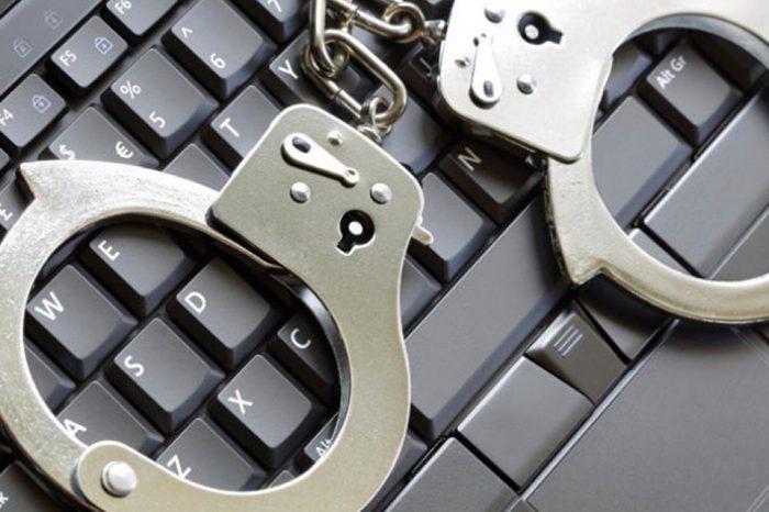 Precaución: Software ilegal y errores de facturación pueden ocasionar multas o sanciones