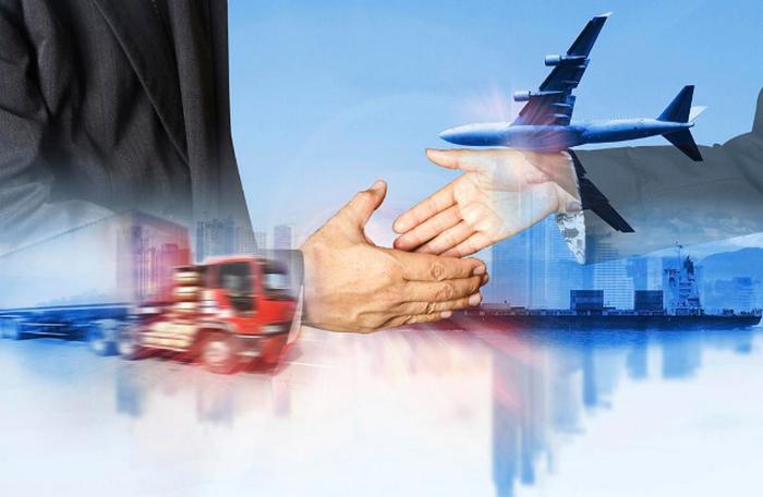 ¿Cómo emitir facturas a clientes en el extranjero?